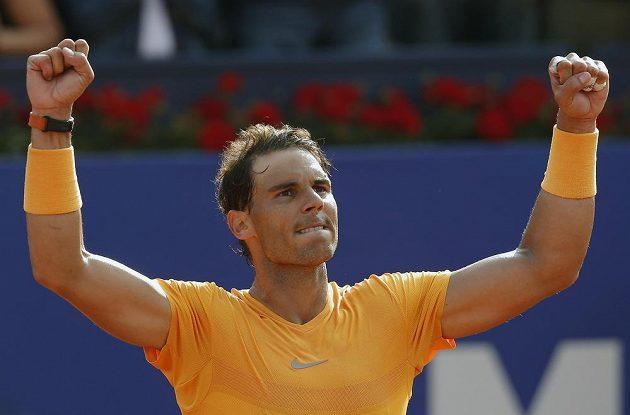 Jako nepřemožitelný Terminátor působí Rafael Nadal na své oblíbené antuce.