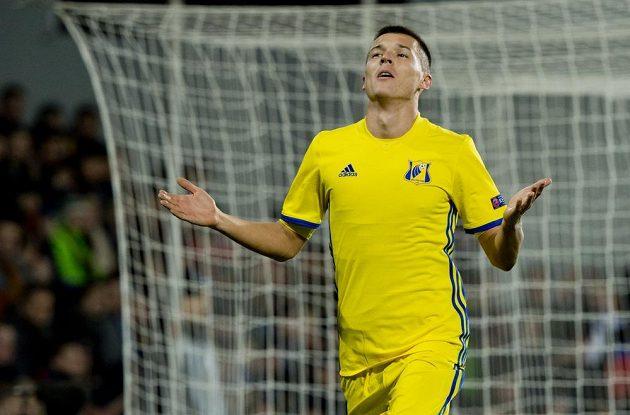 Dmitrij Poloz z Rostova se raduje z gólu proti Spartě.