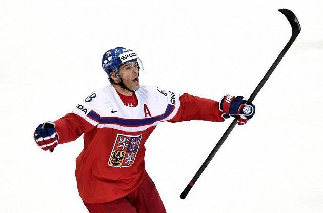 Jaromír Jágr se raduje z rozhodujícího gólu ve čtvrtfinále domácího mistrovství světa proti Finsku.