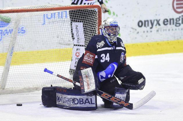 Brankář Plzně Dominik Frodl inkasuje v Olomouci první gól.