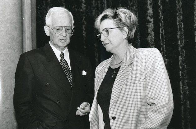 Bývalý místopředseda Českého olympijského výboru Přemysl Herych na archivním snímku s Věrou Čáslavskou.
