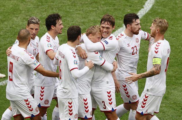 Dánská radost v osmifinále EURO v Johan Cruijff Areně v Amsterdamu.