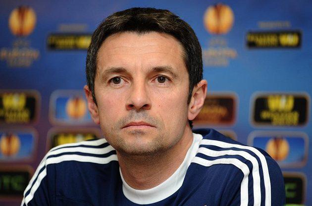 Trenér Lyonu Rémi Garde na středeční tiskové konferenci před odvetným osmifinálovým zápasem Evropské ligy s Plzní.