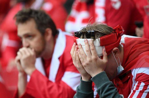 Zděšení ve tvářích dánských fanoušků