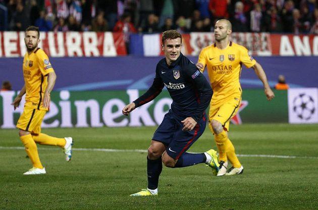 Antoine Griezmann z Atétika jásá, dal druhý gól proti Barceloně v odvetě čtvrtfinále Ligy mistrů.
