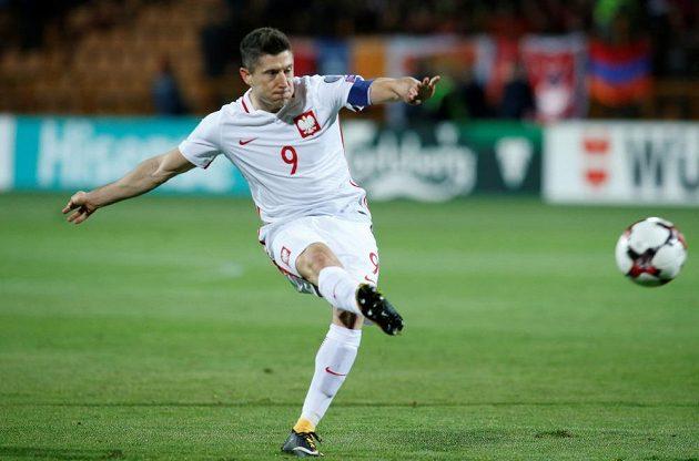 Pálí Robert Lewandowski! Polský kanonýr zaznamenal proti Arménii hattrick.