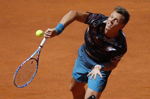 Tomáš Berdych v semifinále turnaje v Madridu proti Rafaelu Nadalovi.