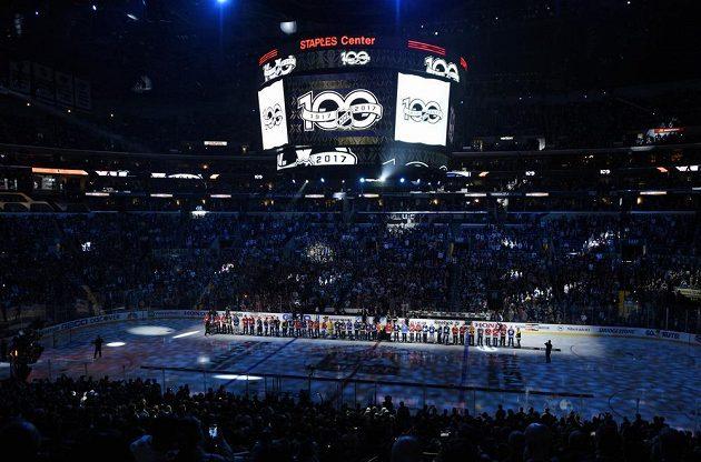 Hvězdy minulosti NHL před Utkáním hvězd.