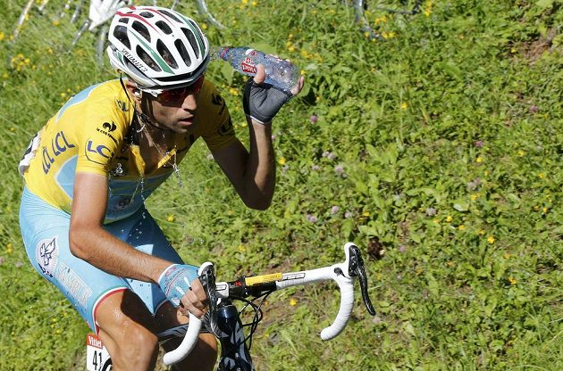 Ital Vincenzo Nibali ve třinácté etapě.
