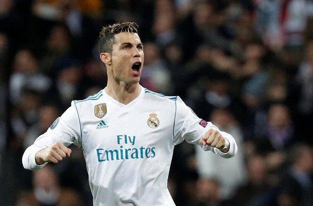 Cristiano Ronaldo z Realu během zápasu s PSG.