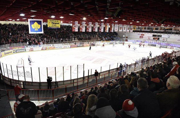 Hokejová extraliga se vrátila do Edenu. Slavia v něm přivítala Kometu.