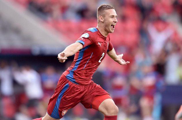 Radost obránce Pavla Kadeřábka poté, co otevřel skóre utkání s Dánskem.
