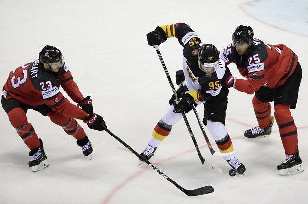 Německo bojovalo o další body na MS s Kanadou