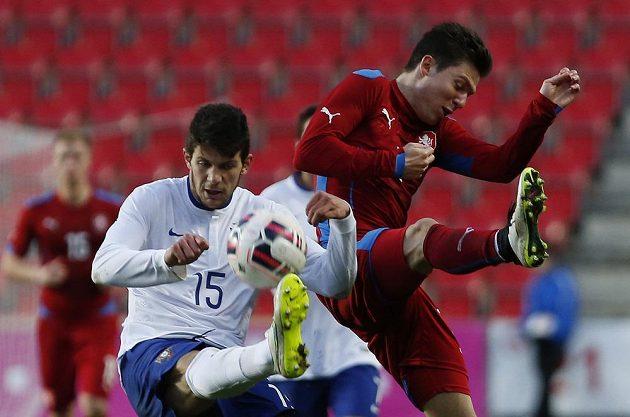 Tomáš Přikryl (vpravo) v souboji s Tobiasem Figueiredem z Portugalska.