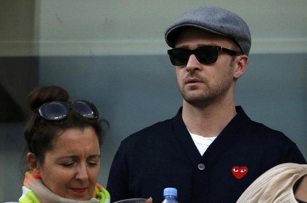 Finále US Open mezi Rafaelem Nadalem a Novakem Djokovičem sledoval také herec a hudebník Justin Timberlake.