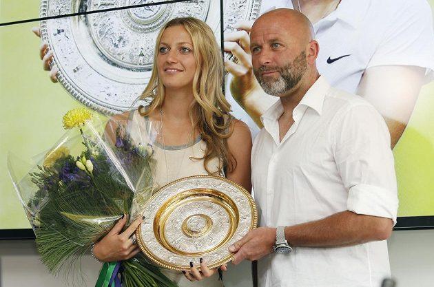 Tenistka Petra Kvitová a trenér David Kotyza po návratu z Wimbledonu.