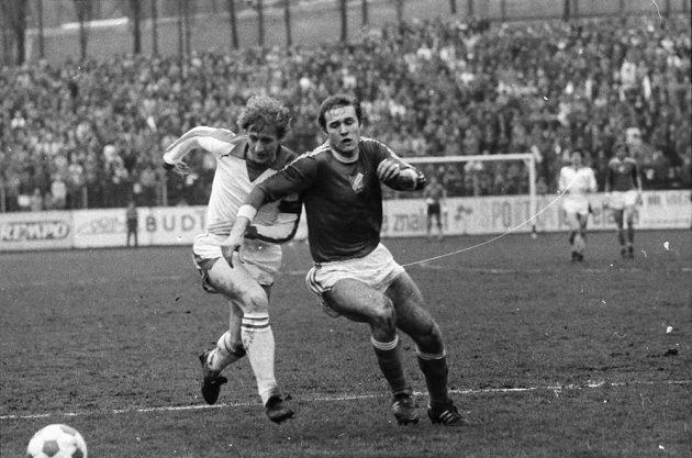 Momentka ze slavného duelu s německým Düsseldorfem.