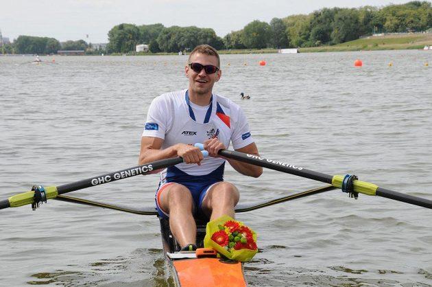 Skifař Ondřej Synek získal na mistrovství Evropy ve veslování stříbrnou medaili.