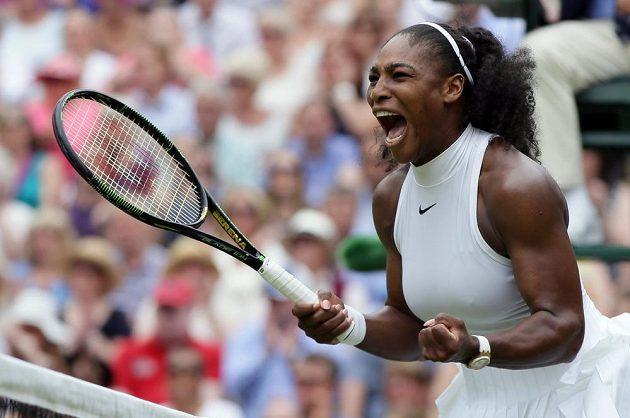 Serena Williamsová ovládla tenisový Wimbledon.