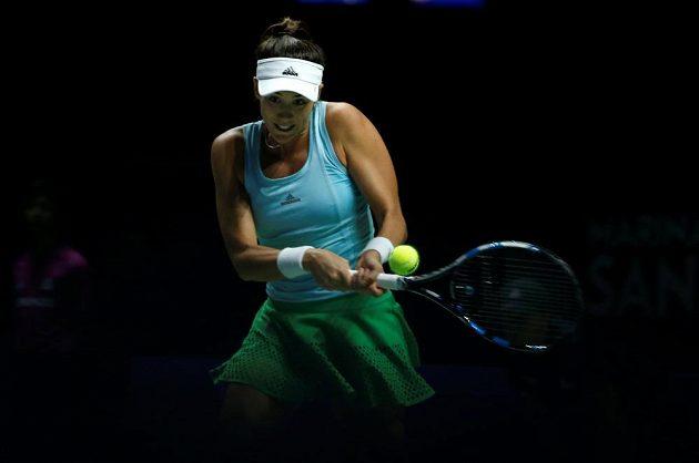 Španělská tenistka Garbiňe Muguruzaová v zápase proti Karolíně Plíškové na Turnaji mistryň.