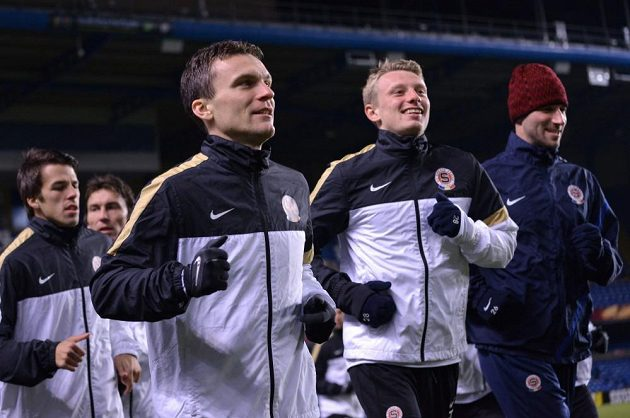David Lafata (vlevo) a Ladislav Krejčí během předzápasového tréninku před odvetou utkání Evropské ligy s Chelsea.