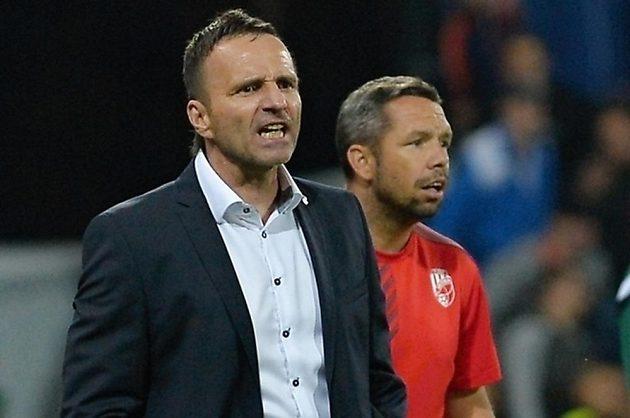 Trenér Plzně Karel Krejčí (vlevo) a jeho asistent Pavel Horváth.