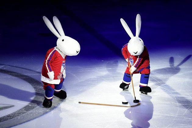 O slavnostní zahajení hokejového mistrovství světa v Praze se postarali maskoti Bob a Bobek.