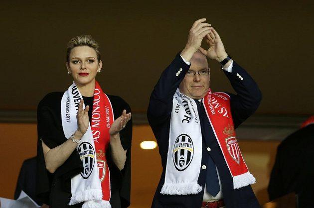 Moancký princ Albert II s manželkou, princeznou Charlene, fandili Monaku v semifinále Ligy mistrů proti Juventusu.