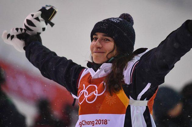 Francouzka Perrine Laffontová je novou olympijskou vítězkou v jízdě v boulích.