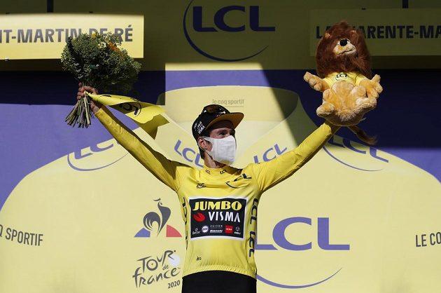Lídrem Tour de France je dál Slovinec Primož Roglič.