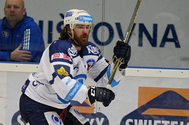Plzeňský útočník Ryan Hollweg během utkání s Pardubicemi.