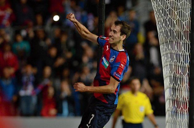 Tomáš Hořava z Plzně se raduje z gólu.