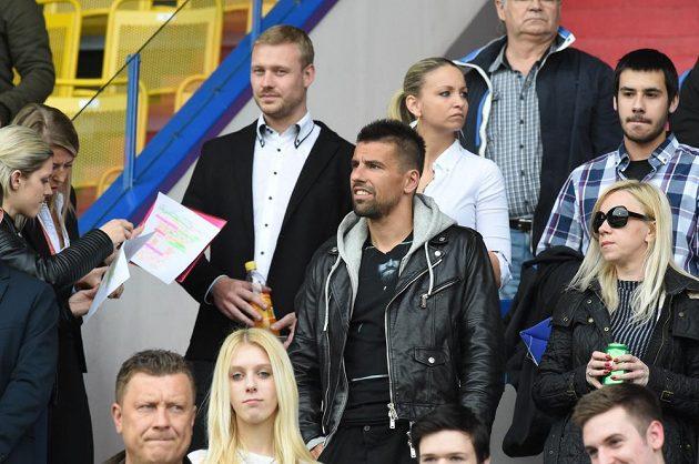 Milan Baroš z Mladé Boleslavi pro zranění zůstal při finále MOL Cupu s Jabloncem jen v hledišti.