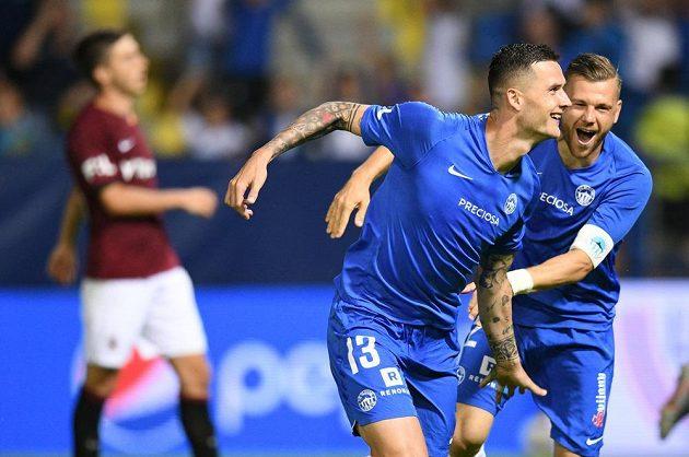 Liberecký fotbalista Roman Potočný slaví poté, co proměnil penaltu v utkání se Spartou.