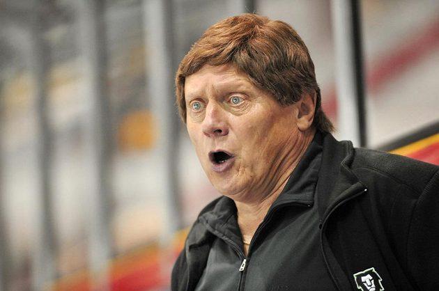 Mladoboleslavský trenér František Výborný během utkání v Olomouci.