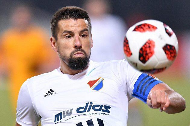 Milan Baroš vedl svůj tým v zápase proti Dukle Praha