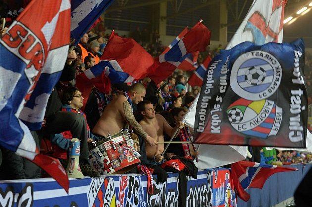Fanoušci Plzně v utkání evropské ligy proti Villarrealu.