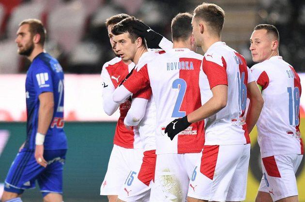 Radost fotbalové Slavie po vyrovnání na 1:1 v utkání 15. kola Fortuna ligy proti Sigmě Olomouc.