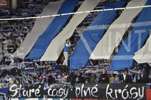 Fanoušci Komety během zápasu se Zlínem.