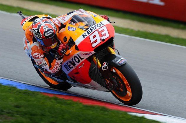 Marc Márquez se svou hondou ovládl kvalifikaci MotoGP.