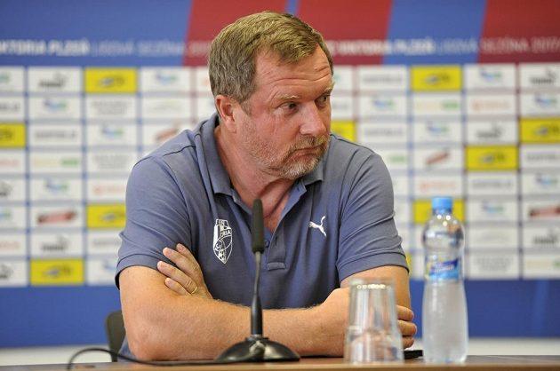 Trenér Plzně Pavel Vrba na tiskové konferenci před odvetným utkáním 3. předkola fotbalové Ligy mistrů Viktoria Plzeň - FCSB.