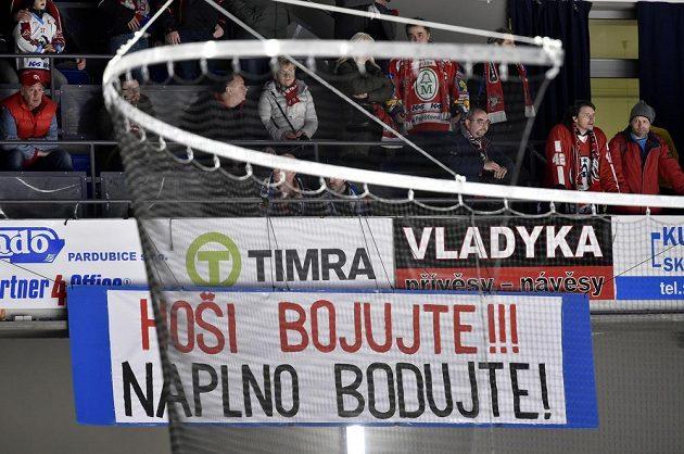Pardubičtí fanoušci vyslali hráčům jasný vzkaz a ti je v utkání proti Brnu poslechli.