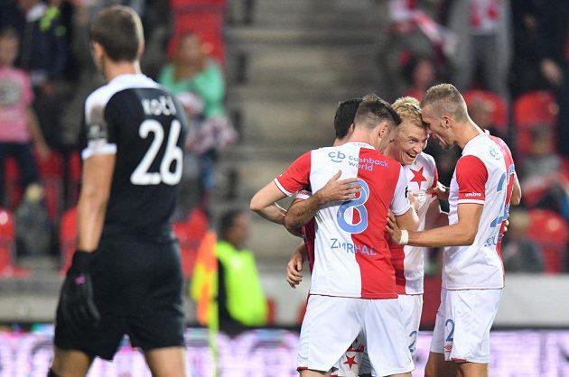 Fotbalisté Slavie sice v Edenu rychle přišli o náskok. Ještě do přestávky duelu s Příbramí však šli znovu do vedení a opět měli důvod k radosti.