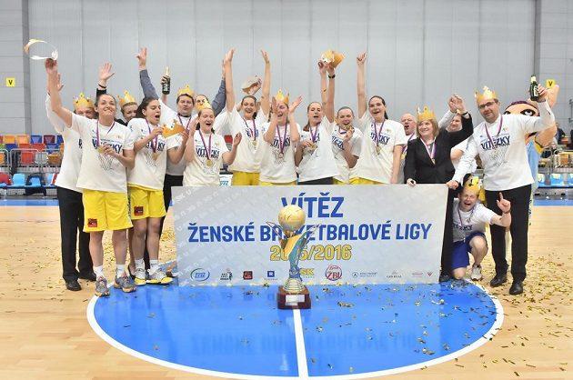 Basketbalistky USK Praha triumfovaly v basketbalové lize žen.