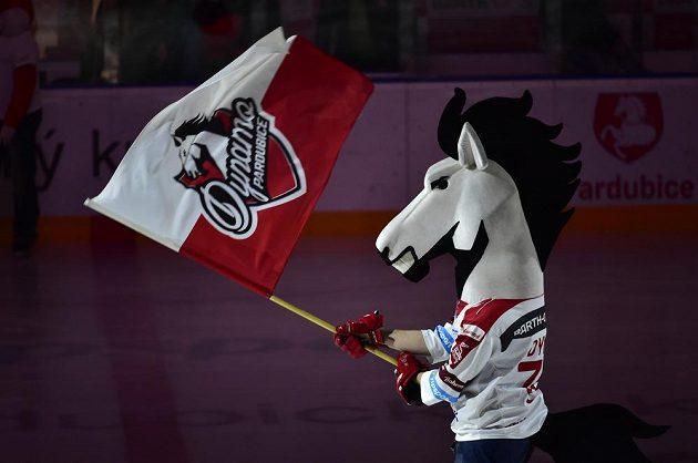 Maskot pardubického hokejového klubu.