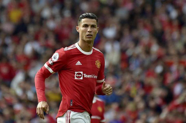 Legenda v akci! Cristiano Ronaldo v dresu Manchesteru United v utkání Premier League.