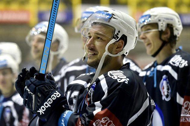 Jan Kovář z Plzně se raduje z vítězného utkání.