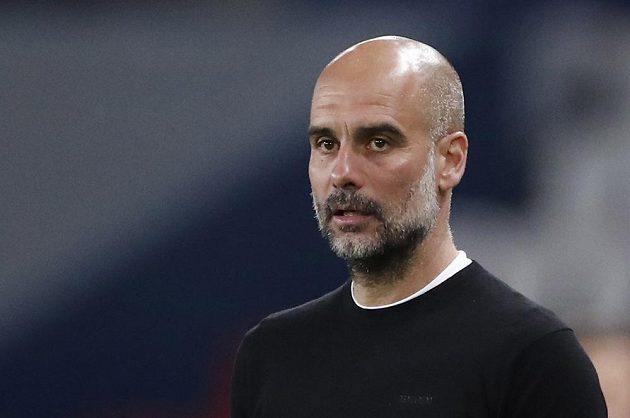 Manažer Manchesteru City Pep Guardiola odmítal po semifinále Ligy mistrů s PSG chválu na svou osobu.