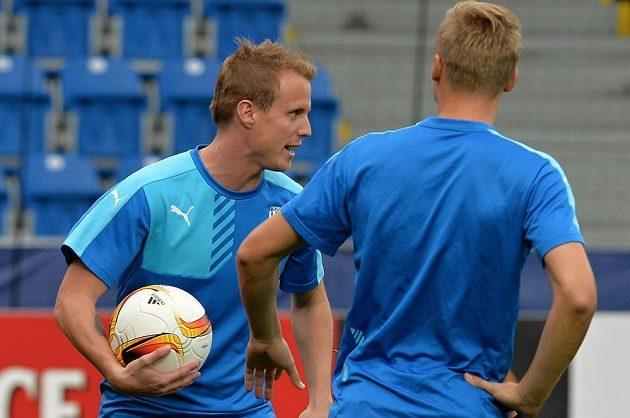 Plzeňský obránce David Limberský (vlevo) během středečního tréninku před utkáním Evropské ligy s Minskem.
