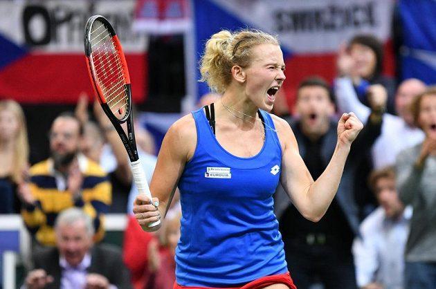 Kateřina Siniaková zařídila triumf České republiky ve finále Fed Cupu.